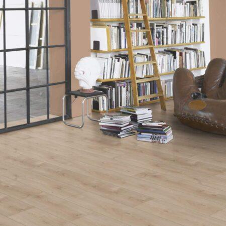 1567467 Eg Avant Slebet. Viser gulvstruktur og farve. Planke små knaster